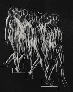 Gjon Mili | Nude Descending Staircase (1942) #blackandwhite