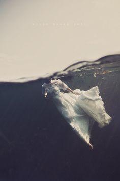 Keep Your Eyes On Me – Underwater Visual Art Series