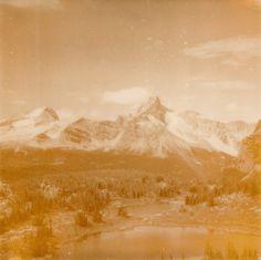 A20.jpg 670×669 píxeles #iglesias #polaroid #landscape #photography #assaf