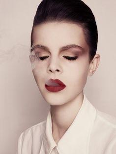 ▼ JESSIE SARAH ENGLISH #fashion #beauty #photography #portrait