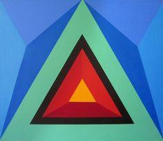 Herbert-Busemann-Pyramid-%2776-noho.jpg (JPEG Image, 756×656 pixels) #busemann #triangle #color