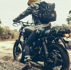 10425384_10153011983429264_7839887685605511975_n.jpg (720×706) #moto #photograph #scrambler
