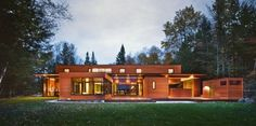 WANKEN - The Blog of Shelby White #wood #concrete #house