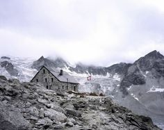 Swiss Mountain Refuges by Simone Rosenbergs