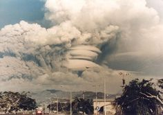 Pinatubo_cloud.jpg (940×663) #pinatubo #volcano #1991