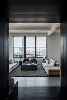 Four Corners Loft in the Dumbo Neighborhood of Brooklyn