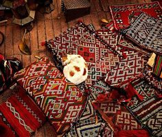 Russian Carpet: Daily inspiration, trends, mood board. Architecture, art, design, fashion, photography. #inspiration #board #design #russian #photography #carpet #mood