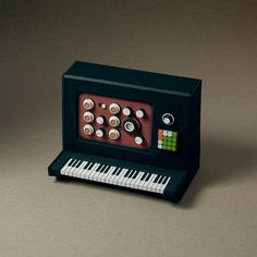 Analogue Miniature 16 #miniatures #synth #craft #art #paper