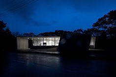 Banna House by Noriyoshi Morimura Architect & Associates #minimalist #house