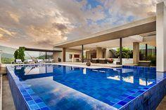 House Blurring Boundaries in Colombia by Arquitectura en Estudio