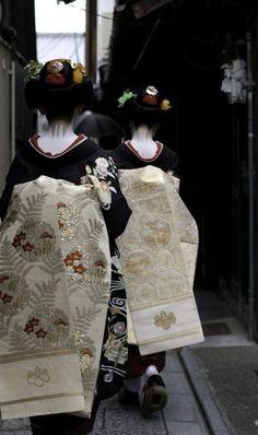 visiting ochaya / sam ryan / 500px #photo #geisha