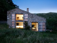 { i n s p i r a r e } someone move here with me please #home #architecture #stone #landscape #mountains #natural #texture