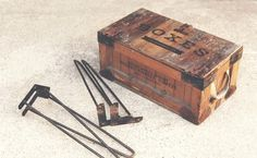 Free Retro Boxes Mockup