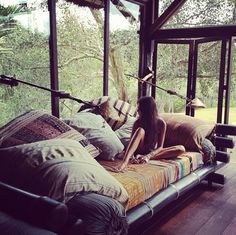 THE BROWN WORKSHOP #interior #window #nature #pillows