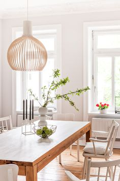 The Design Chaser: Dining Rooms   Bright, White