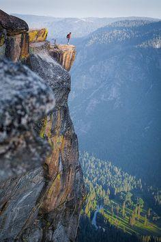 tumblr_mtx4glKts61sohz2fo1_500 #adventure #cliff