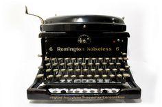 Remington Noiseless 6 (1927) #typewriter #remington #vintage #noiseless
