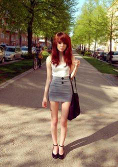 00012_dp05y8ug77fj6cbzybi1.jpg (JPEG Image, 495x700 pixels) #girl #skirt #outfit #skinny #fashion