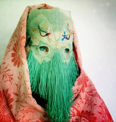 Magnhild Kennedy: Seiobo & Stikker #photo #eyes #material #embroidery #mask #face