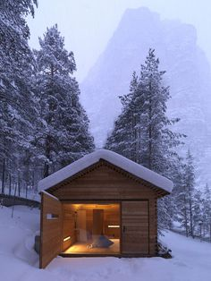 cozy-mountain-cabin-can-open-to-elements-1a.jpg #bedroom #architecture #cabin #light #windows