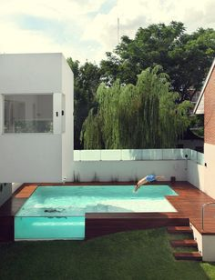Standing Elements #pool #architecture