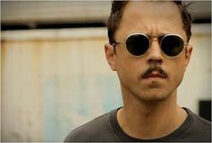 img_barton_perreira_giovanni_ribisi_3.jpg (JPEG Image, 575×390 pixels) #giovanni #barton #perreira #sunglasses #ribisi #moody #containers