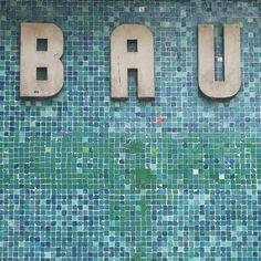 berlin_bau_mosaic.jpg 500×500 pixels #tiles #pixel #mosaic #bauhaus #50s #berlin