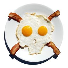 KONKAS #skull #breakfast #eggs and bacon