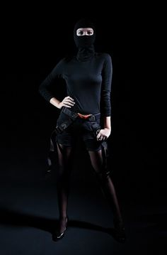 GEORG·SCHROEDER FOTOGRAFIE #woman #clothes #black #ninja #photography