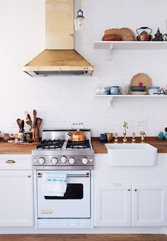 dreamy brass kitchen fixtures / sfgirlbybay #interior #design #decor #kitchen #deco #decoration