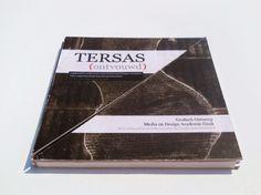 Tersas ontvouwd on the Behance Network #design #graphic #book #exhibition #tersas #triangles #artist