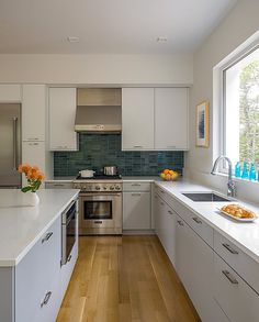 Wellfleet House – Modern Green Home by ZeroEnergy Design