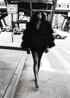 Fashion photography(Naomi Campbell by Mario Sorrenti, 2008, via thechanelmuse) #fashion photography