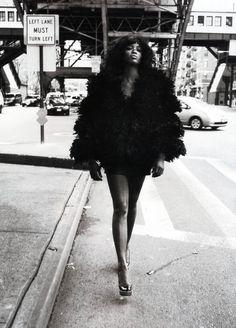 Fashion photography(Naomi Campbell by Mario Sorrenti, 2008, viathechanelmuse) #fashion #photography