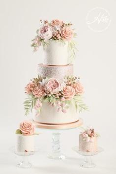 4 Ways to Personalise Your Wedding Cake - Wedding Cakes,