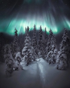 Magical Northern Lights Landscapes by Juuso Hämäläinen