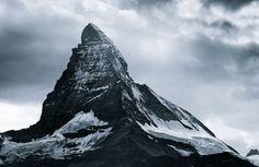 Mountains of Mist – Fubiz™