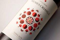 Vins de Mesies #graphic design #packaging #wine #geometry #barcelona #wine label