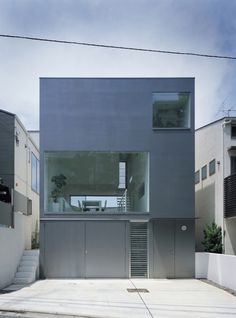 Industrial Designer House / Koji Tsutsui Architect & Associates #architecture #houses #facades #solid-void
