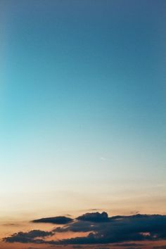 Benjamin Hanus. Kommunikationsdesigner (B.A.) - foto #blue #photography #sky