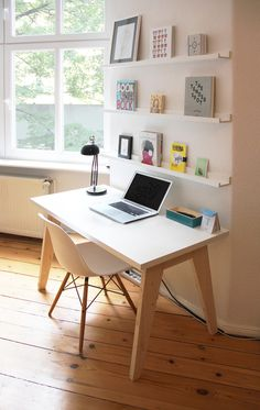Blog — Offscreen Magazine #shelves #desk