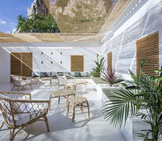 Mora Restaurant - an Project Based on a Neo-Mediterranean and Contemporary Duality #restaurant #decor