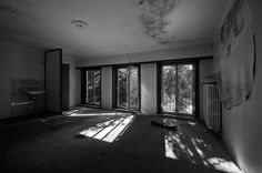 Villa G (04) | Flickr - Photo Sharing! #bw #architecture #decay