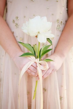 Bouquet should look gorgeous together with your oh-so-important dress. An of course it will be that one lucky future bride catches at the end of the party. Usually girls like to select bouquets with a lot of blooms.