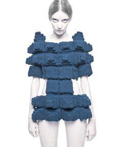 Buamai Pp pic7 photo john scarisbrick.gif 410×500 Pixels #fashion #knitted
