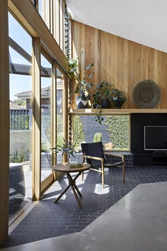 Additional Living Space Was Added To This 1960s Home in Melbourne