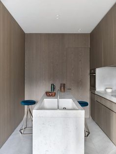 JR Apartment by Nicolas Schuybroek Architects 6