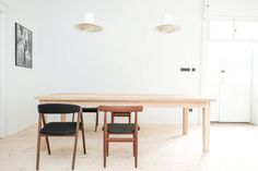 Scandinavian mid-century dining room. House from the 20's by Loft Kolasiński. © Karolina Bąk. #diningroom