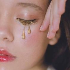 Conceptual and Fine Art Portrait Photography by Xenia Lau