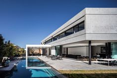 Modern Concrete Home With Spacious Interiors in Israel